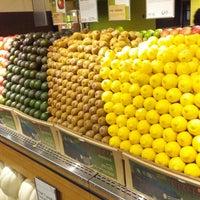 10/3/2012にMichael L P.がWhole Foods Marketで撮った写真
