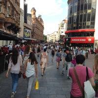 Photo prise au Leicester Square par Michael R. le7/8/2013