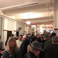 Foto scattata a Revolution Hall da Josh M. il 3/1/2018