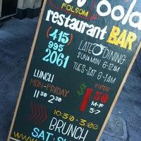 Das Foto wurde bei Oola Restaurant & Bar von Debbi D. am 9/29/2013 aufgenommen