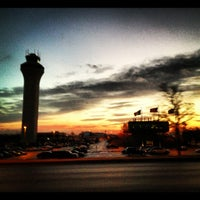 Foto diambil di Kansas City International Airport (MCI) oleh David L. pada 12/3/2012