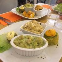 5/23/2017에 Gnoe @.님이 La Raccolta Ristorante Vegetariano Biologico에서 찍은 사진