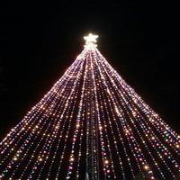 Foto scattata a Austin Trail of Lights da Dan S. il 12/25/2012