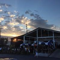 รูปภาพถ่ายที่ Golden Road Brewing โดย Jeffro S. เมื่อ 7/15/2013