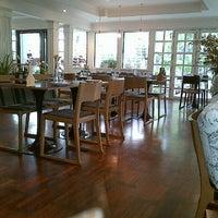 11/16/2012 tarihinde Rarin P.ziyaretçi tarafından PizzaZo Bistro'de çekilen fotoğraf