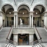Das Foto wurde bei The Art Institute of Chicago von Radim S. am 6/22/2013 aufgenommen