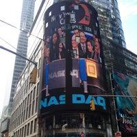 4/16/2013에 Peter T.님이 Nasdaq Marketsite에서 찍은 사진