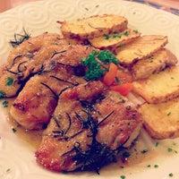 Снимок сделан в Cantina Sicilianita пользователем Marky B. 2/8/2013