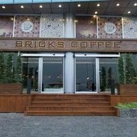 Foto tirada no(a) Bricks Coffee & Bistro por Bricks Coffee & Bistro em 6/1/2016