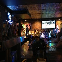 Das Foto wurde bei Dew Drop Inn von Ron B. am 5/17/2013 aufgenommen