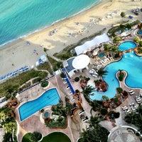 2/3/2013 tarihinde Jeremy M.ziyaretçi tarafından Trump International Beach Resort'de çekilen fotoğraf