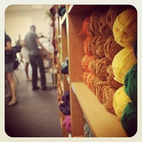 7/28/2013にBruceがCloverhill Yarn Shopで撮った写真