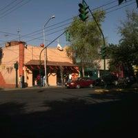 Foto tirada no(a) Tacos Charly por Jorge Eduardo P. em 10/26/2012