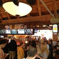 Снимок сделан в Blake Street Tavern пользователем JAMMIN' JOHN 3/22/2013