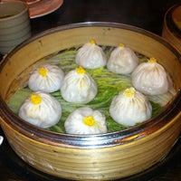 Photo prise au Shanghai Asian Manor par Valerie L. le11/18/2012