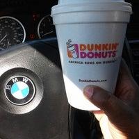 Foto tomada en Dunkin' Donuts / Baskin Robbins por Bajan B. el 6/29/2014