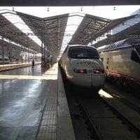 รูปภาพถ่ายที่ Estación de Málaga-María Zambrano โดย Svetlana I. เมื่อ 9/15/2013