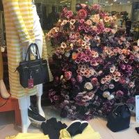 dc66050eda2a5 ... 5/10/2016 tarihinde Yase Y.ziyaretçi tarafından Taksim Mağazaları'de  çekilen ...