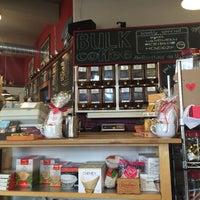 Foto diambil di Caroline's Coffee Roasters oleh Aireanna F. pada 1/25/2016