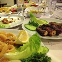 Foto tirada no(a) Neighbours Restaurant por GNC 💋 em 7/10/2013
