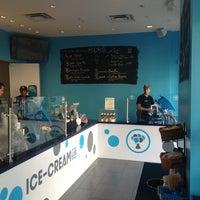 Photo prise au Ice Cream Lab par Caroline G. le4/7/2013