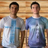 ... Foto tirada no(a) LOOCK Uniformes e Camisetas por Loock U. em 12 ... bee90c2641a73