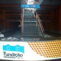 รูปภาพถ่ายที่ Fundição Progresso โดย Victor r. เมื่อ 12/29/2012