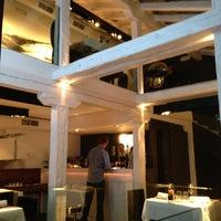 Das Foto wurde bei NO Restaurant von Jose J. am 1/24/2013 aufgenommen
