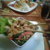 Foto tomada en Pad Thai por Senderos del Sur el 11/20/2012