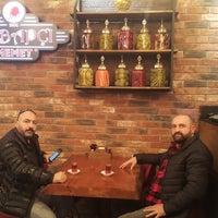 Foto tomada en Kebapçı Memet por Metin K. el 11/14/2018