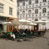 Foto tirada no(a) Kleines Café por Oscar S. em 7/26/2013