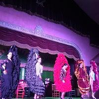 Foto tirada no(a) Tablao Flamenco El Palacio Andaluz por Hakan Özer em 11/11/2017