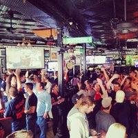 Foto tirada no(a) Halligan Bar por Halligan B. em 10/11/2013