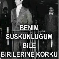Das Foto wurde bei Atatürk Bulvarı von Emrah G. am 2/6/2017 aufgenommen