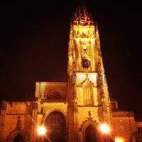 Foto tomada en Catedral San Salvador de Oviedo por Mario G. el 2/26/2013