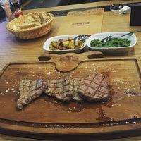 Foto tomada en Beş Bıçak Steakhouse - Kasap por BB Steak House Yönetim el 2/8/2016