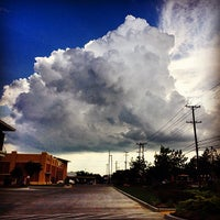 Foto diambil di Whiteside Park oleh Deric D. pada 6/7/2014