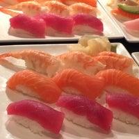 Foto tomada en Yuki Yama Sushi por Mike T. el 1/21/2014