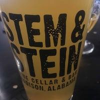 Foto tirada no(a) The Stem and Stein por Heath W. em 10/2/2019