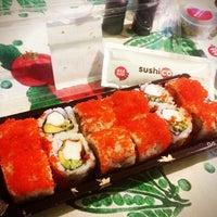 3/25/2013 tarihinde Zeynep I.ziyaretçi tarafından SushiCo'de çekilen fotoğraf