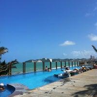 Foto tirada no(a) Ocean Palace Beach Resort & Bungalows por Juliana S. em 2/12/2013