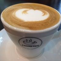 Das Foto wurde bei Kahawa Cafe von Emily T. am 9/26/2013 aufgenommen