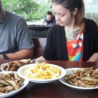 Foto scattata a Капаните (The small seafood restaurants by the beach) da Petromil D. il 5/8/2018