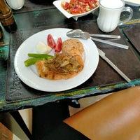 9/24/2020 tarihinde 🐆👑💣🔥💎🦂LE🅾PAR HATUN🦂💎🔥💣🦅👑 .ziyaretçi tarafından Nasreddin restaurant'de çekilen fotoğraf