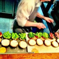2/26/2013にJiří K.がDish – Fine Burger Bistroで撮った写真