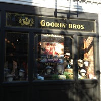 รูปภาพถ่ายที่ Goorin Bros. Hat Shop - West Village โดย Chuck M. เมื่อ 6/1/2013