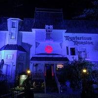 10/26/2016 tarihinde Brian G.ziyaretçi tarafından Mysterious Mansion'de çekilen fotoğraf