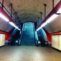 Photo prise au Metro Auditorio (Línea 7) par Mark マーク N. le4/18/2013