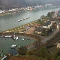 Das Foto wurde bei Schloss Rheinfels von darin k. am 12/12/2013 aufgenommen