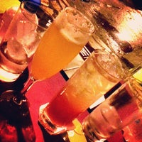 Снимок сделан в Meza Bar пользователем VidaDeCasal.com.br 5/19/2013